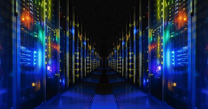 全球最快的超級電腦參戰!對抗疫情篩選潛在藥物化合物