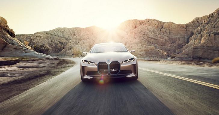 來聽聽 Hans Zimmer 為 BMW Concept i4 準備的音效,聽起來是台有感情的電動車