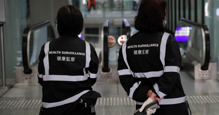 香港今天開始,禁止4人以上於公共場所群聚、違者最高罰款2萬5千元港幣並監禁6個月
