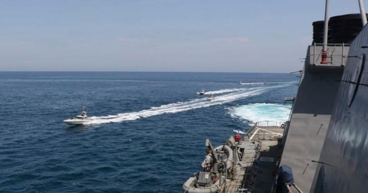 不爽伊朗炮艇一直挑釁,川普嗆聲若再騷擾美軍便直接開火擊沉