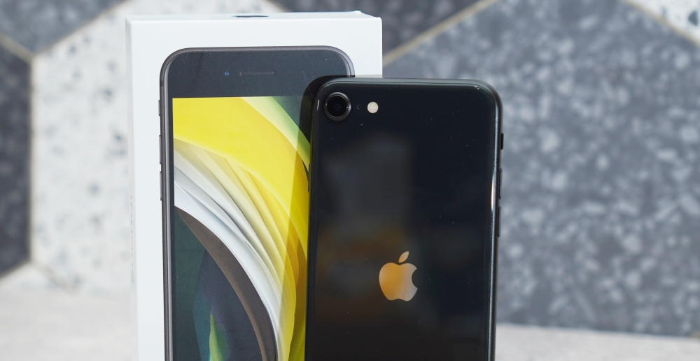 最平價 iPhone SE 開箱!老果粉們的高 CP 值升級新選擇