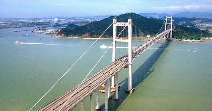 中國虎門大橋緊急封閉,呈現「波浪式」異常抖動、看起來就像是橋「在呼吸」!