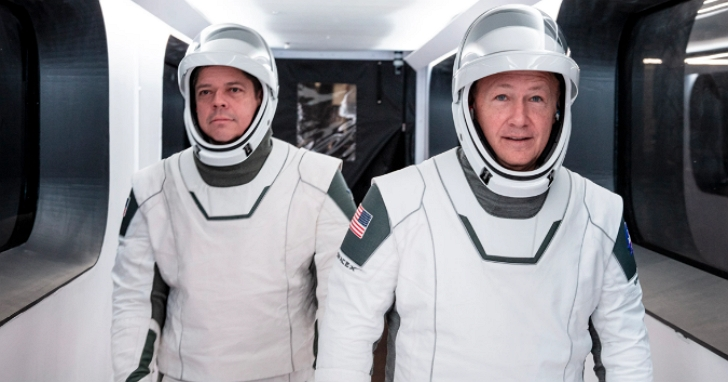 SpaceX今天將實現首次商用太空船載人飛行,太空人搶先曝光全新太空衣