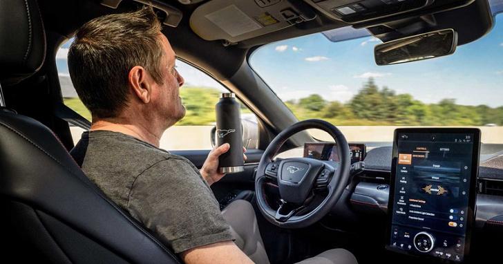比 Co-Pilot 360 再高一階,Ford Active Drive Assist 半自動駕駛最快明年推出