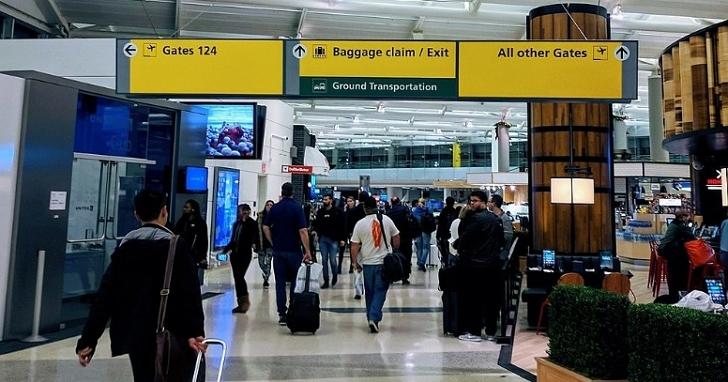 首次申請護照不用再特地跑外交部,戶政事務所將可以直接申辦護照、自動通關