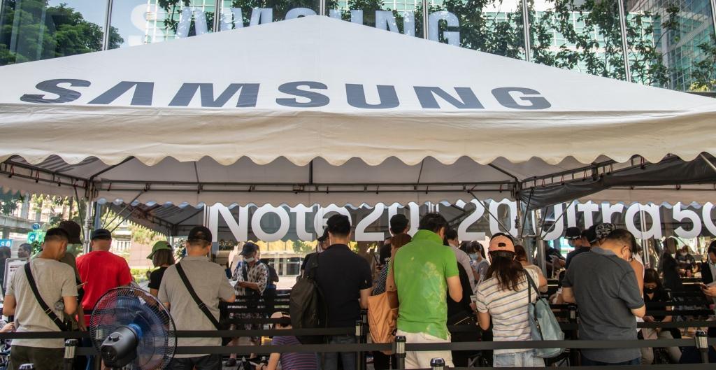 越貴越賣!三星 Galaxy Note 20 預購排隊取貨,512GB 版追加三成貨量