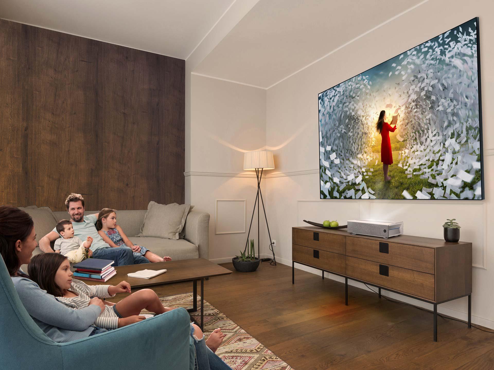 BenQ發表4K HDR 雷射電視 V6000 / V6050 優異產品設計,獲2020年iF產品設計獎殊榮 9/7~9/30早鳥預購價,不到10萬享受4K百吋大電視