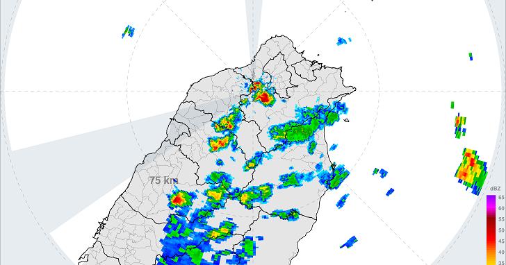 想去玩的地方下雨了嗎?教你看懂氣象局「雷達回波圖」,三顆降雨雷達讓你輕鬆躲過雨神