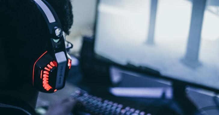 電競玩家 4K 設備選購指南!從螢幕、滑鼠、鍵盤到耳機,有哪些重點必須掌握?