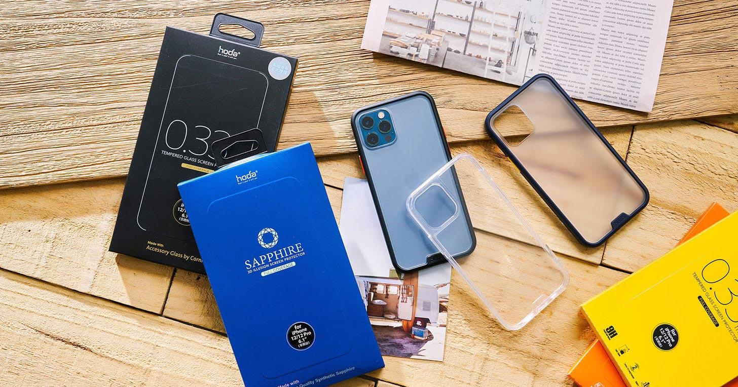 iPhone12 全方位防護一次搞定:hoda 藍寶石、康寧玻璃保護貼為螢幕再加固,柔石、晶石雙軍規防摔殼更帶來全面守護!