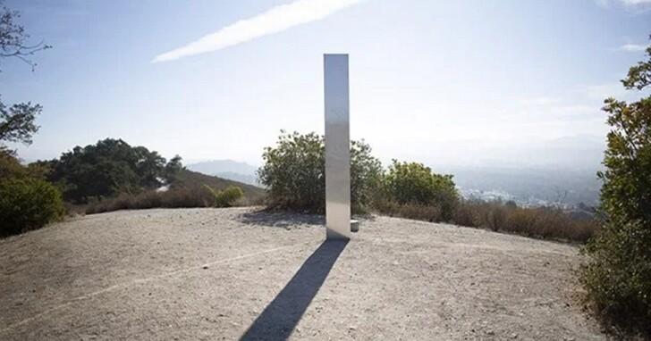 第三座神秘「巨石」現身,這次是在加州的山上