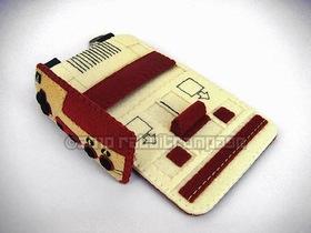 超可愛 3C 布偶套,把 iPhone 放進紅白機吧