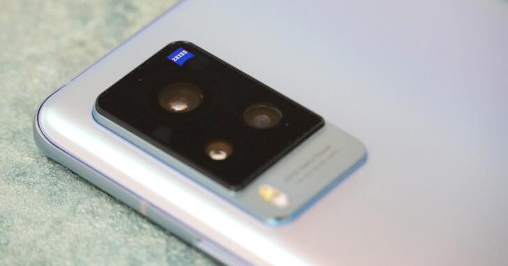vivo X60 Pro 旗艦機動手玩!蔡司加持三鏡頭、超級月亮輕鬆拍