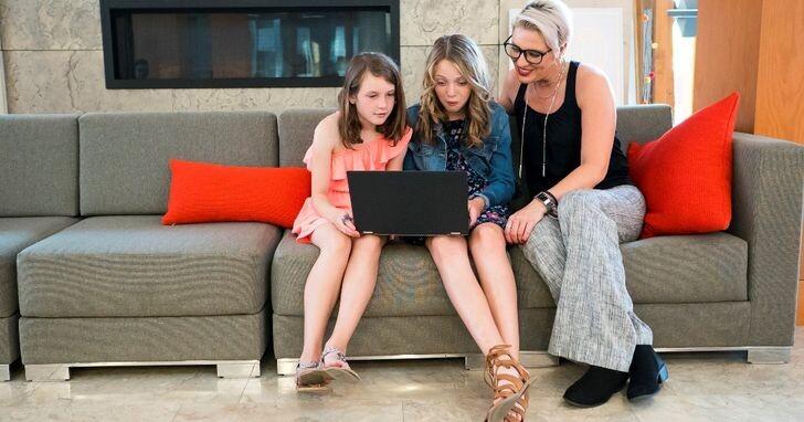 防疫停課宅在家關鍵5招,讓孩子們開心用電腦