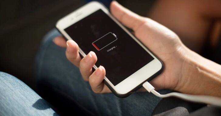 不知道你的iPhone是否該換電池?查詢 iPhone 充電循環次數,瞭解電池健康狀況