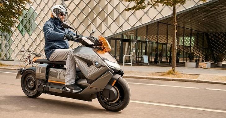 BMW Motorrad CE 04電動機車推出,時速飆破120公里!41匹馬力、美售價約台幣33萬元
