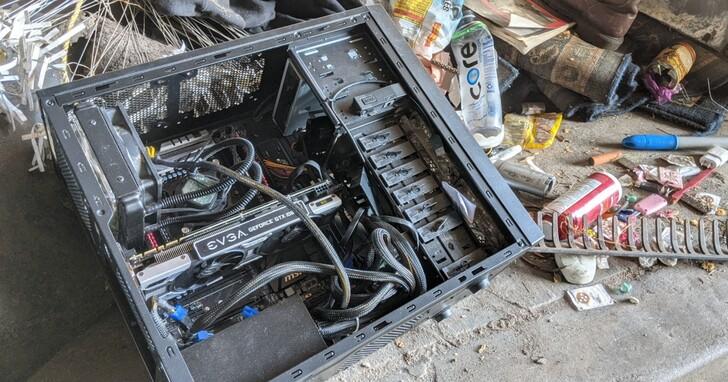 矽谷果然遍地黃金,出門溜狗在垃圾場都可以撿到i5/32GB/GTX 1080水冷主機