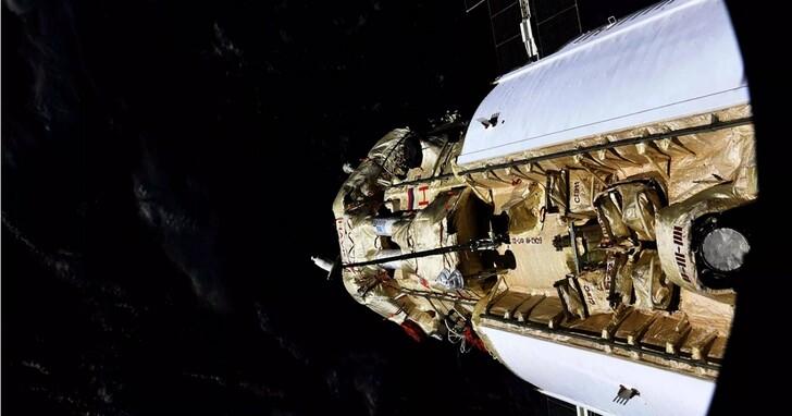 俄國實驗艙與國際太空站對接後推進器意外點火,太空站一度陷入失控危機