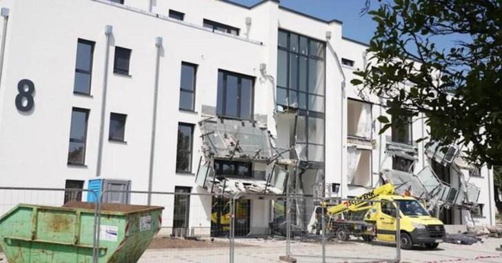 應付款項被各種名目扣款,德國建築承包商氣到開挖土機去拆毀自己剛蓋好的大樓