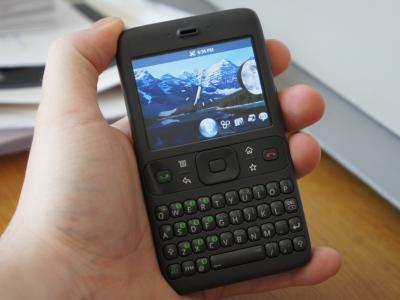 這可能才是 Google 第一支 Android Phone ? HTC 代工、外形像黑莓!