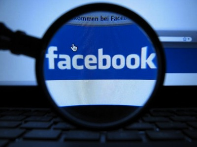 Facebook 偷改你的 email 資訊,你發現了嗎?是否會生氣?