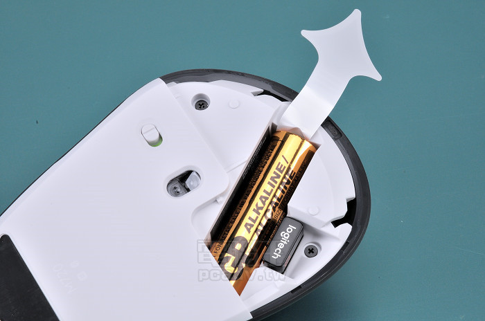 跨平台連線、切換使用,Logitech M720 Triathlon 多工無線滑鼠試用- 第2