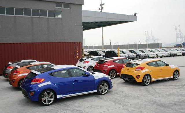HYUNDAI Veloster Turbo首批到港了!186匹渦輪動力+「1+2」不對稱車門!