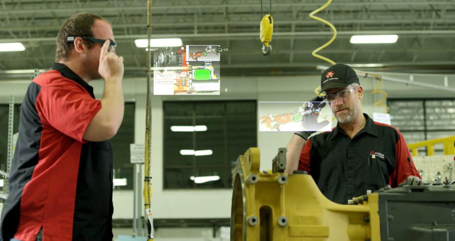智慧型眼鏡還沒絕望,在企業領域的應用它們反而解放了工人的雙手