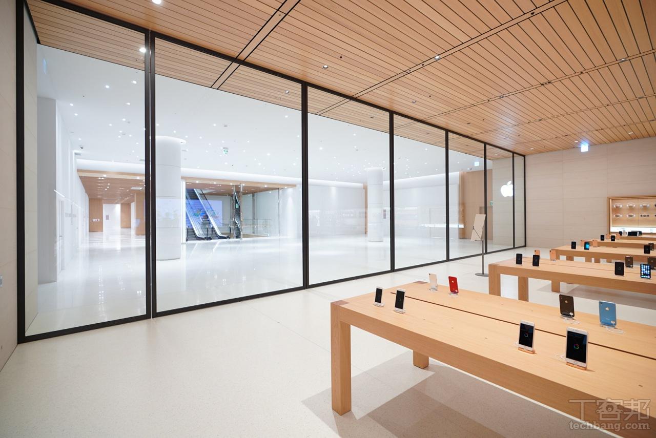 蘋果台灣直營店「Apple 信義 A13」開幕前搶先看!�計比照蘋果總部訪客�心