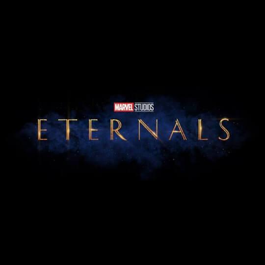 《永恆族》(Eternals) 2020 年 11 月 6 日上映。未演先轟動的 Eternals,最受矚目的便是超強卡司陣容,包括安潔莉娜裘莉(Angelina Jolie)、理察麥登(Richard Madden)、莎瑪海耶克(Salma Hayek)、馬東石…�人,並由�國導演趙婷(Chloé Zhao)執導,而本片故事將鎖定在漫畫裡的知名種族-永恆族(Eternals),探索一群長久以來�在於 Marvel 電影世界觀裡、不過尚未被觀眾所認�的角色。