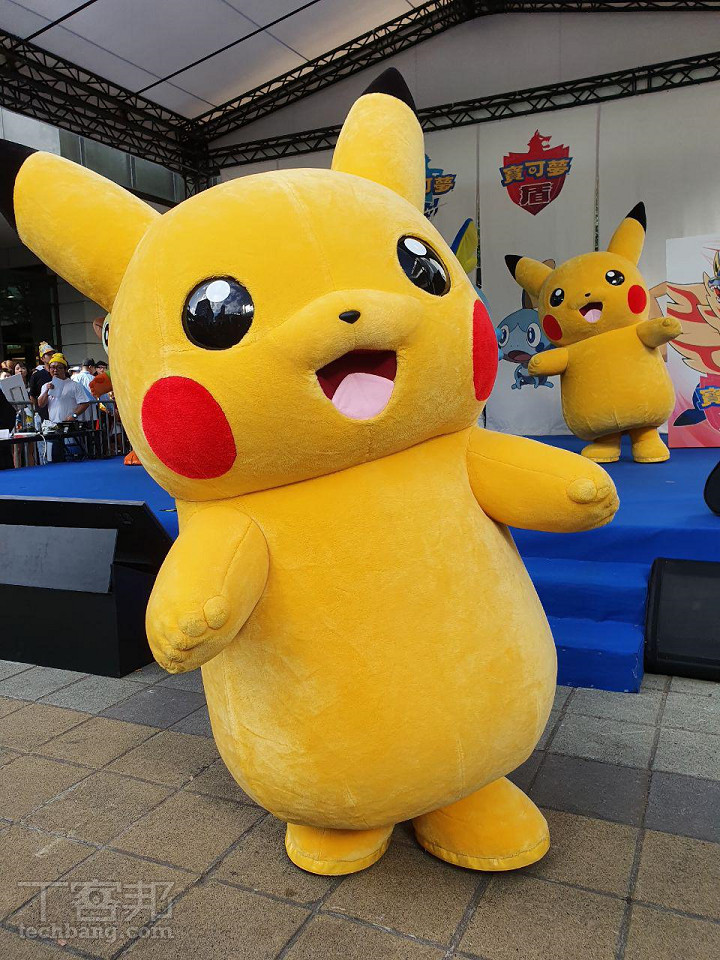 超萌皮卡丘現身信義區,《寶可夢 劍/盾》�式發售,極巨化 Pokémon MAX 紀念活動開催