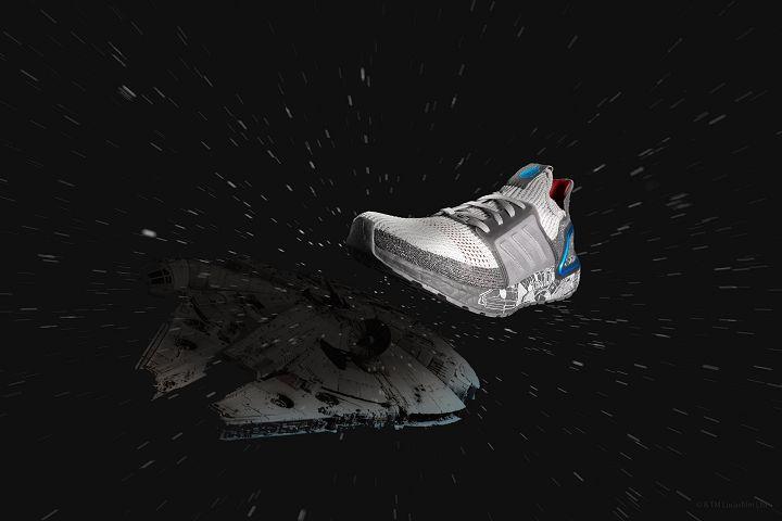 Ultraboost 19 將千年鷹號(Millennium Falcon)平面設計圖融入鞋面設計。(建議售價:6,500元)