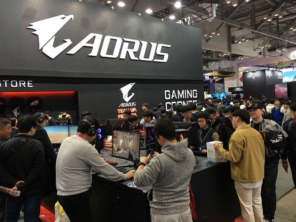 技嘉AORUS x CS:GO傳奇狙神kennyS連袂降臨台北國際電玩展