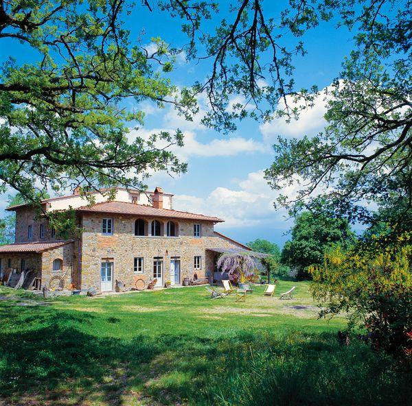 2011 年:義大利托斯卡尼百年橡樹大器別墅 (Villa Near Florence)/心願單收藏次數:3,686 次