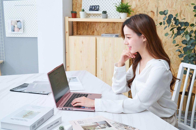 優異的效能表現讓 14X pro 成為商務人士可靠的生產力平台。